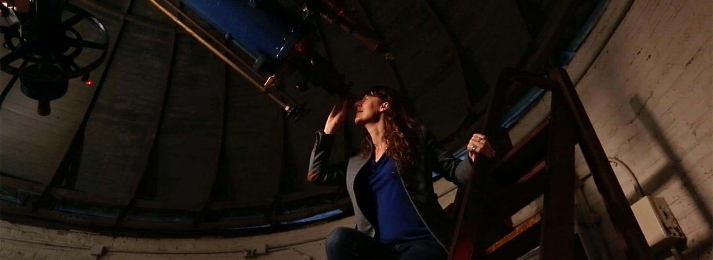 Lisa Kaltenegger at telescope
